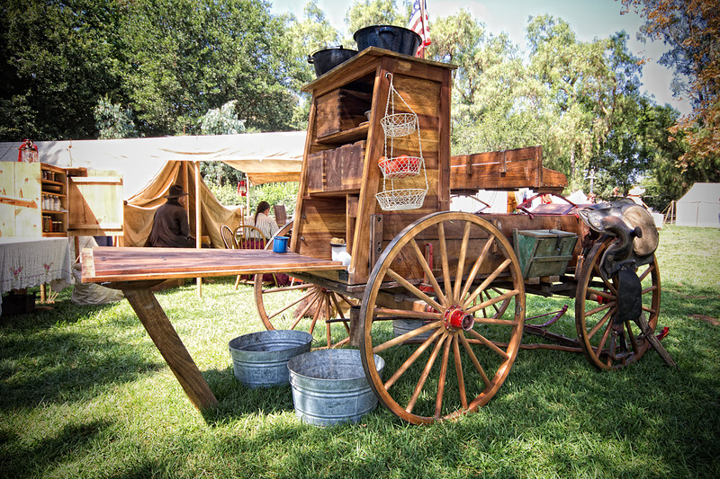 ChuckWagon-2-L.jpg